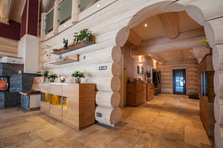 Внутренний интерьер рубленных деревянных домов фото